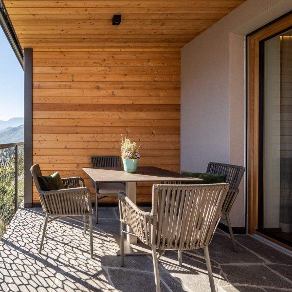 web-1045-obergluniger-ferienwohnung-balkon-terrasse.jpg